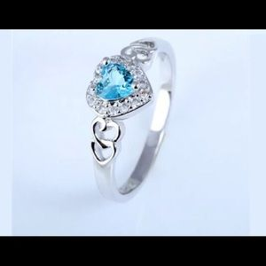 Jewelry - Gorgeous blue on silver heart ring